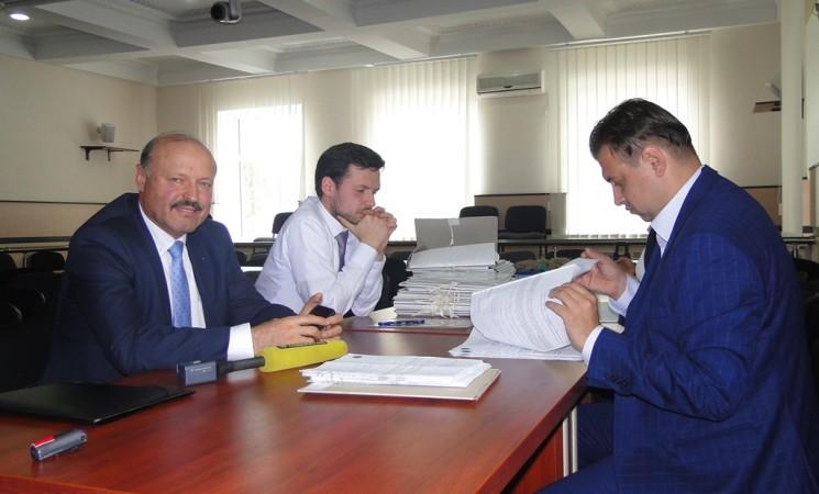 Valeriu Ghilețchi a depus peste 18 mii de semnături la CEC