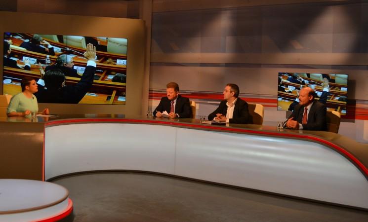 """AGENDA sesiunii parlamentare, în dezbatere la """"Moldova în Direct"""""""