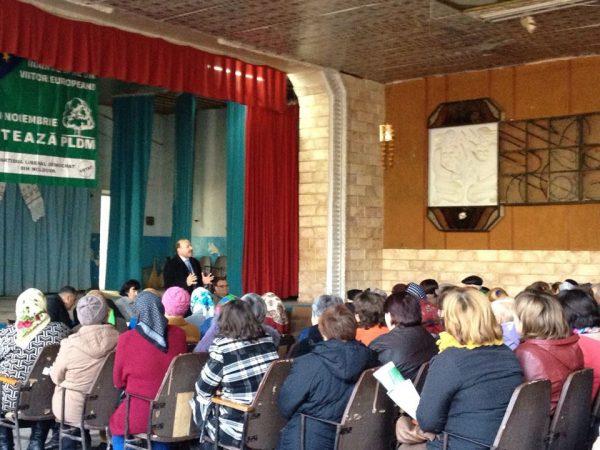 Întâlnire cu alegătorii din satul natal – Pînzăreni