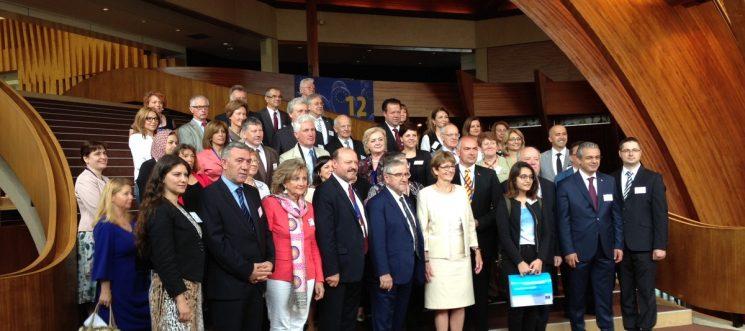 APCE a înmânat cel de-al 60-lea Premiu al Europei oraşelor Dresda şi Vara(FOTO)