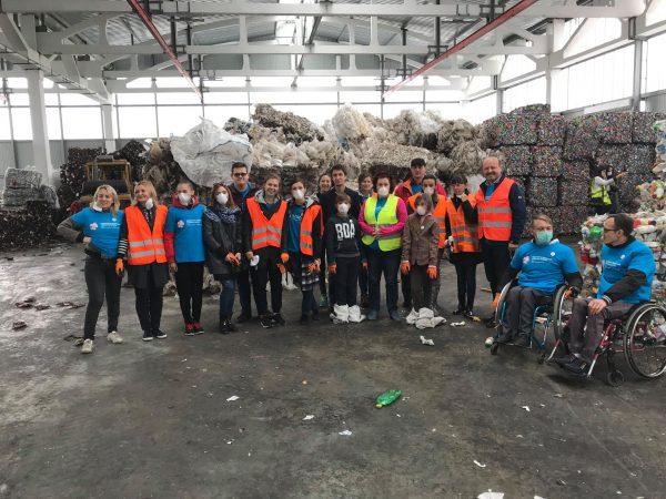 START Săptămânii Naţionale de Voluntariat la Staţia de Sortare a Deşeurilor din Bubuieci