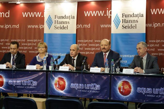 """Dezbateri Publice IPN: """"Poziţia formaţiunilor politice în prag de an electoral"""""""