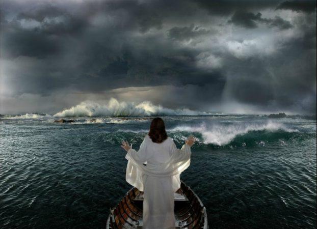 """ATRIBUTELE lui DUMNEZEU: """"Dumnezeu este infinit de mare"""""""